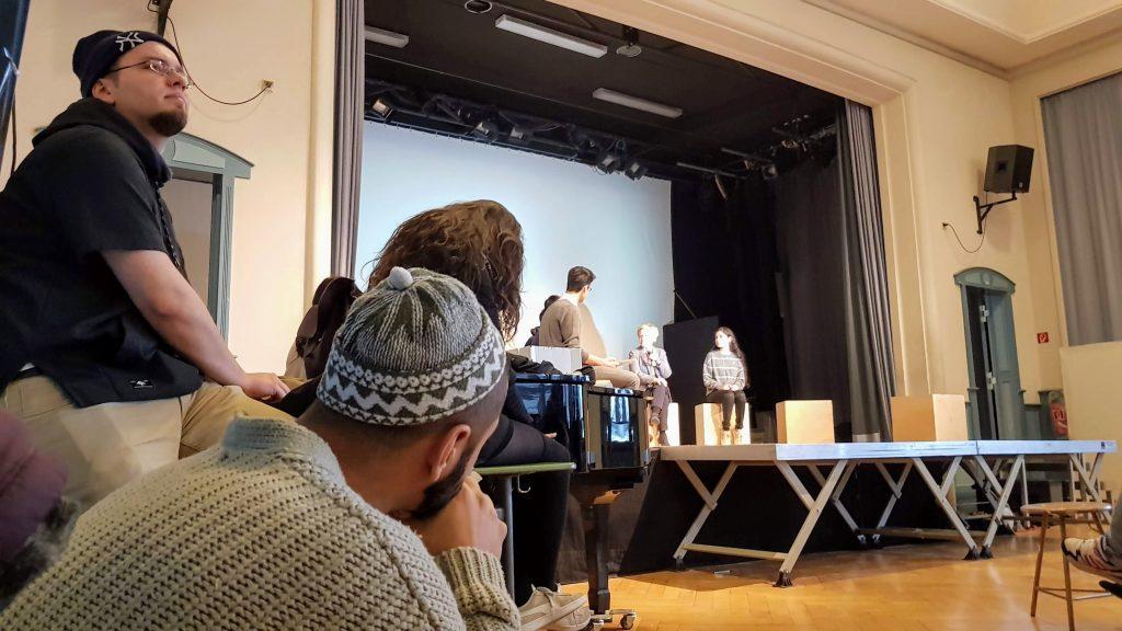 Die Datteltäter und Renate Künsat beim Projekt #NichtEgal